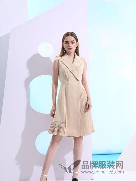 欧米媞女装2018春夏修身翻领一粒扣百褶连衣裙