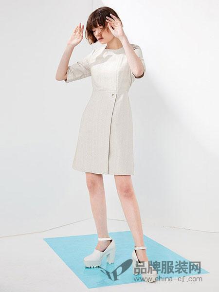 NAERSILING女装2018春夏时尚圆领短袖连衣裙