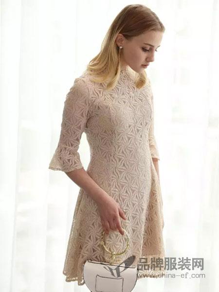 歌宝琪女装2018春夏蕾丝钩花修身连衣裙