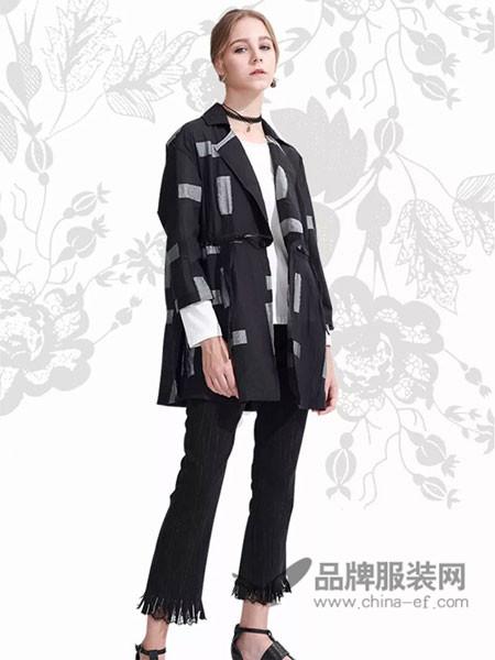ZIRONG子容女装2018春时尚欧式黑白撞色西装领外套
