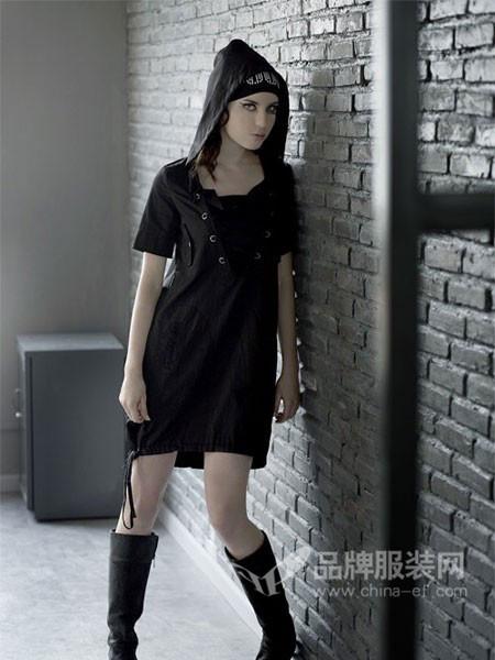 2017秋冬时尚休闲个性连帽卫衣裙