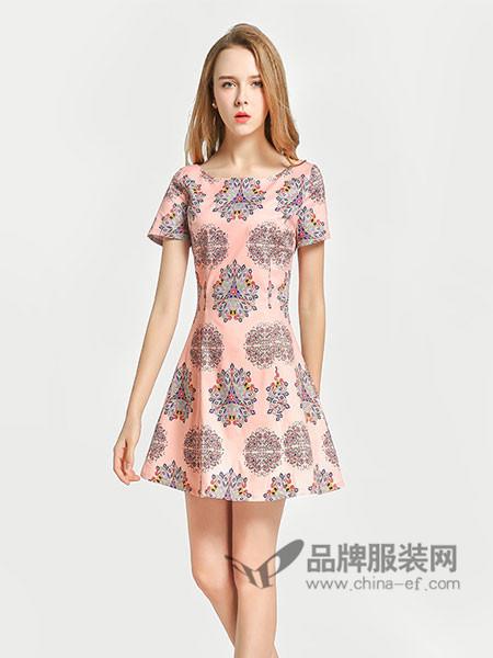 �秩鹦』ㄈ古�装2018春夏民族印花修身显瘦连衣裙