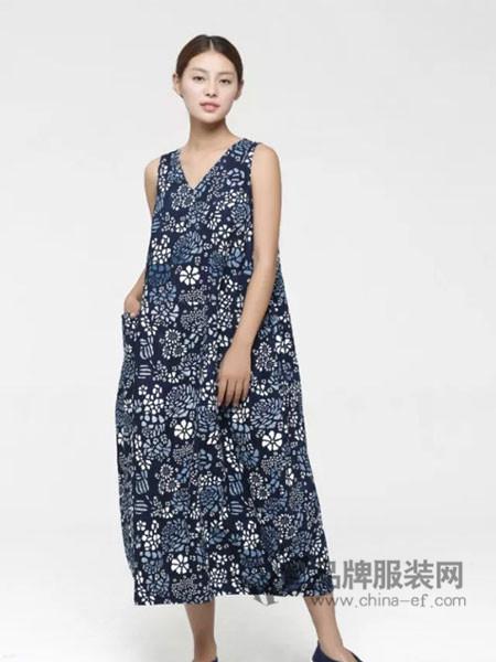 3时女装复古无袖长款碎花连衣裙