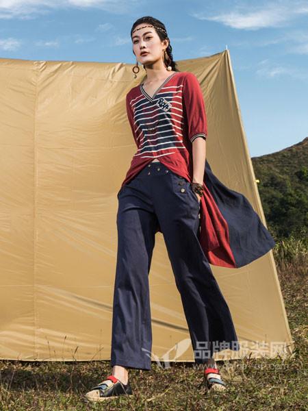 弗蔻Fu Kou女装2018春夏时尚个性大气V领条纹短袖中长上衣