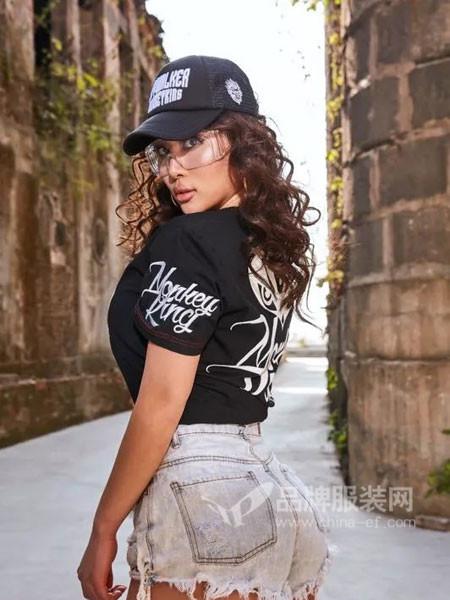 Monkey King休闲2018春休闲字母个性短袖女T恤