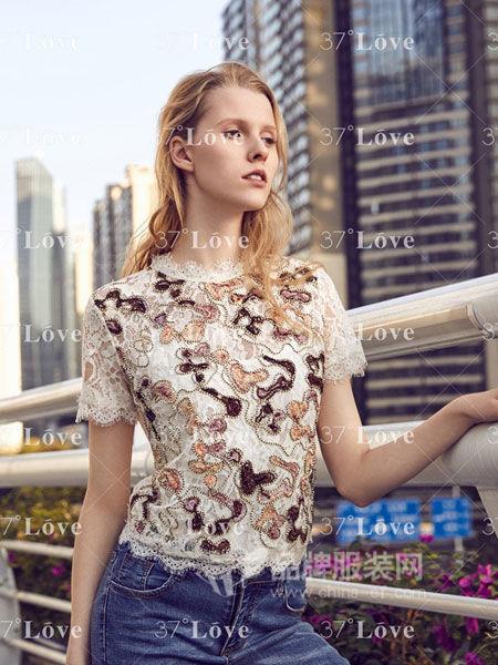 37°Love女装2018春夏欧美风镂空花朵刺绣修身显瘦短袖蕾丝衫T恤