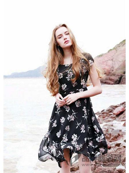 EMIVA艾蜜唯娅女装2018夏季印花不规则连衣裙