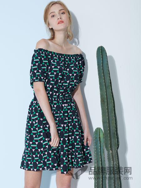 水淼SHUIMIAO女装2018春夏一字肩优雅时尚高腰中长裙