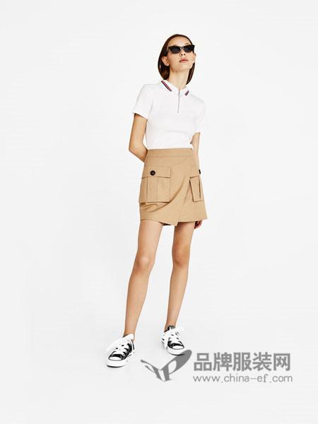 Bershka女装2018春时尚简约拉链 POLO衫