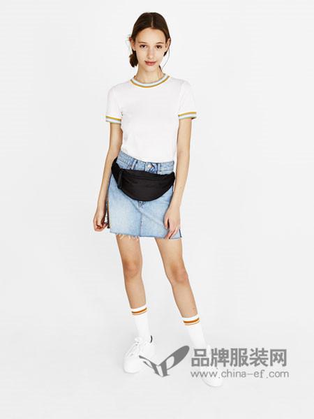 Bershka女装2018春时尚简约休闲运动短袖T恤