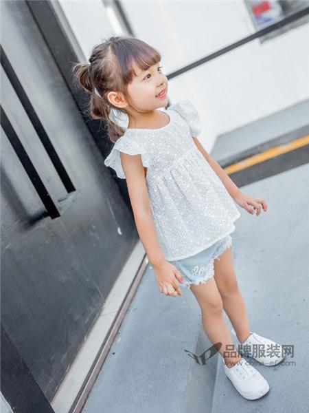 城秀童装是让更多孩子们快乐成长懂得相爱