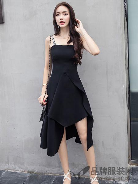 知默女装2018春夏时尚修身显瘦中长款打底吊带连衣裙性感小黑裙