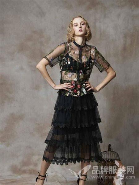 斐格思女装2018夏季刺绣性感透明网纱下摆层叠裙
