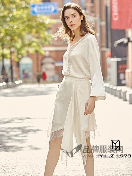YLZ1978女装2018春夏时尚优雅气质蕾丝拼接不规则边连衣裙