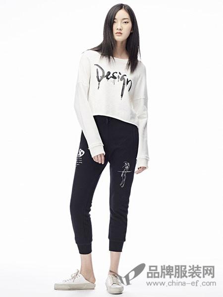 圣迪奥女装2018春夏白色简约时尚百搭上衣