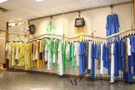 曼茜纱店铺展示
