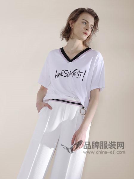 诉求女装2018春夏时尚简约风女生短袖上衣