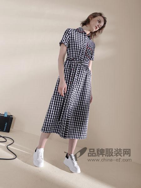 诉求女装2018春夏时尚格子短袖开衫连衣裙