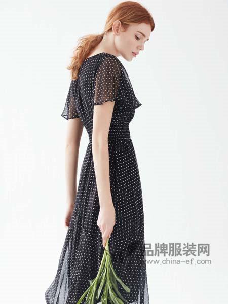 亨奴女装2018春夏时尚雪纺波点气质连衣裙