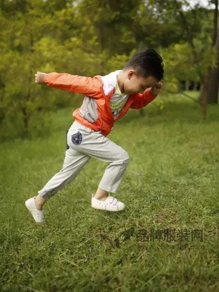 小野豹Yebao童装时尚休闲运动长袖男风衣