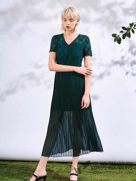 红凯贝尔都会极简风2018夏季V领收腰时尚拼接连衣裙