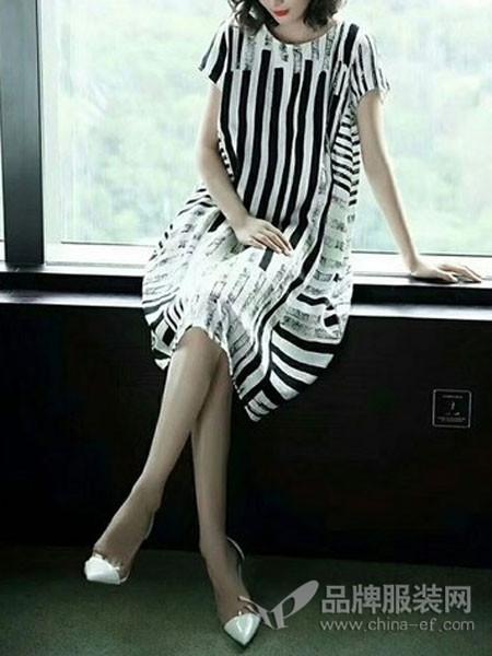 萨阁拉斯SAGELAS女装2018春夏条纹时尚宽松连衣裙