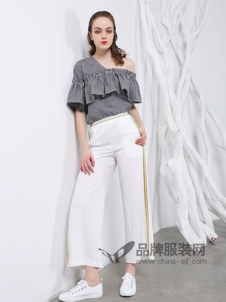 欧玥女装2018夏季韩版时尚黑白格子荷叶边喇叭袖显瘦斜肩雪纺衫洋气小衫
