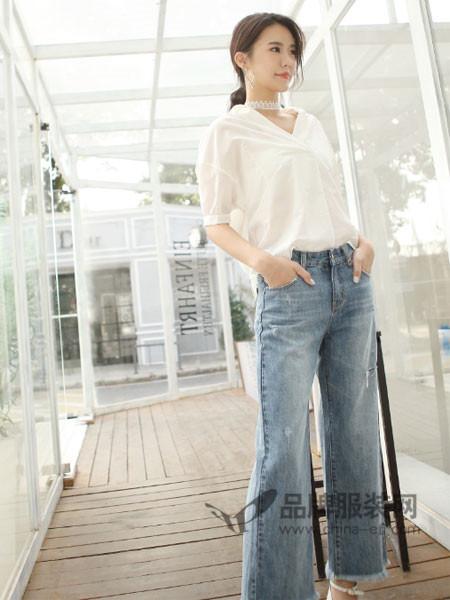 伽戈女装2018夏季时尚简约V领短袖上衣