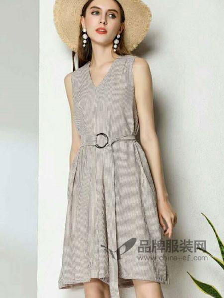 浩洋国际女装2018夏季性感V领高腰无袖条纹格子显瘦连衣裙