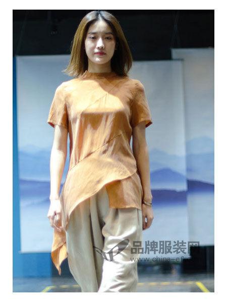 SIMTLY纯粹女装2018春夏时尚个性棉麻不规则边上衣