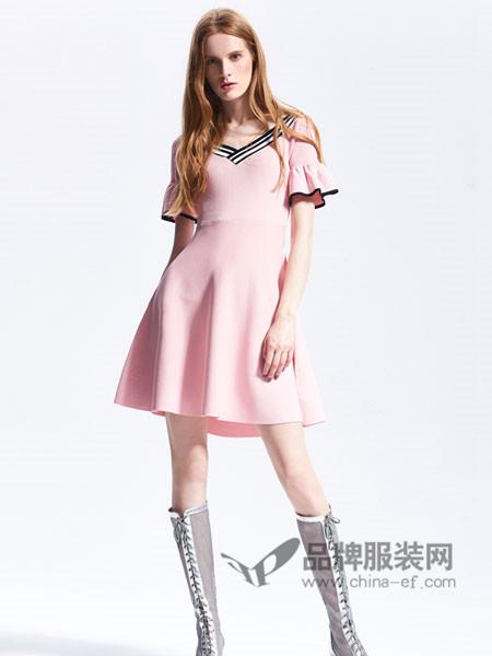 夺宝奇兵女装2018夏季针织连衣裙高腰短袖修身中长裙拼条纹V领