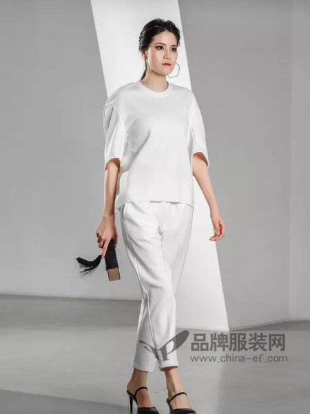 Vanities女装2018春夏白色短袖圆领套头衫宽松百搭休闲衫套装