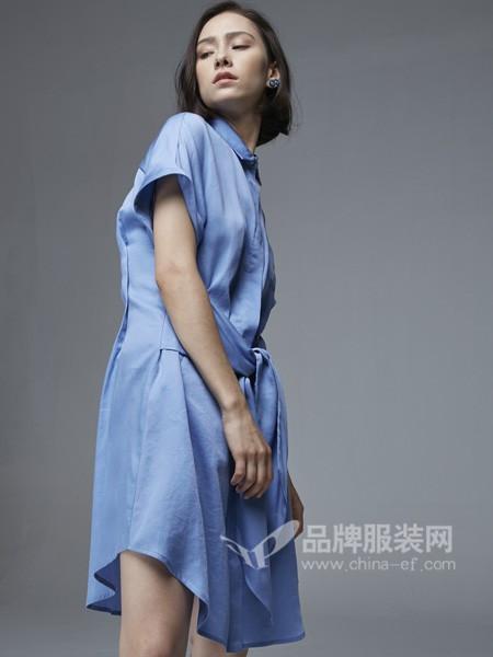 杰恩蒂女装2018春夏时尚条纹翻领系带连衣裙