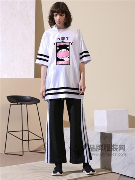 CRZ潮牌女装2018春夏休闲宽松条杠T恤