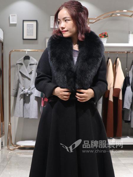 季歌品牌折扣女装2018秋冬时尚大毛领腰带双面呢大衣
