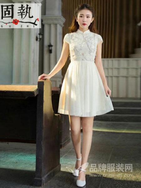 固执女装2018春夏新品女装文艺复古盘扣立体装饰花朵雪纺连衣裙