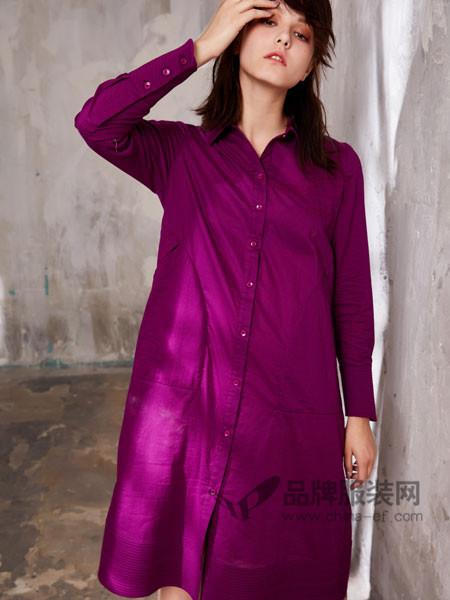 娅铂・周末女装品牌,洒脱淡泊,有您的关注更精彩