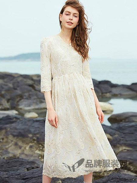 欧E[OEEO]女装2018春夏新款连衣裙