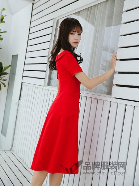 3℃ THREE DEG .C女装2018春夏新款气质红色连衣裙