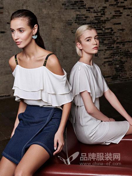 T&W女装2018春夏新款韩版女装短袖时尚吊带宽松显瘦上衣小衫