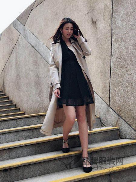 明迈服饰女装2018春夏高腰修身中长裙 复古长袖针织连衣裙