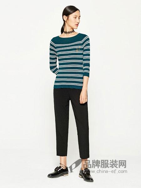 千姿惠Qanzhui女装2018春夏撞色条纹拼接长袖针织衫