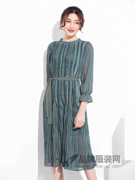风行凯琦女装2018春夏立领长袖松紧腰修身连衣裙时尚气质长裙女