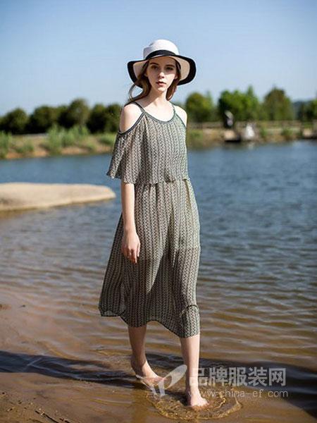 迪思兰柏女装2018春夏新款时尚潮V领横条纹衬衣通勤港味洋气衬衫女