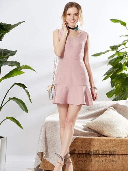城市衣柜女装2018春夏紧身连衣裙雪纺无袖鱼尾修身粉色连衣裙