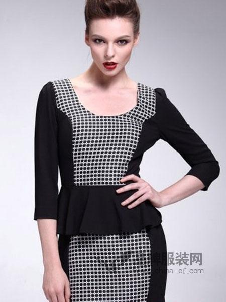 UM&JACE女装黑色格子连衣裙