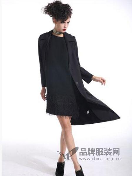 曼德诗品牌女装女装蕾丝连衣裙拼接下摆小黑裙大码连衣裙