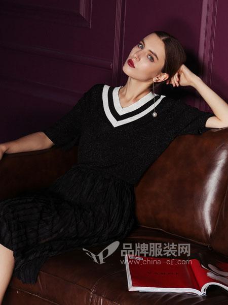 浩洋国际女装2018春夏拼色v领短袖T恤冰丝针织上衣弹力大
