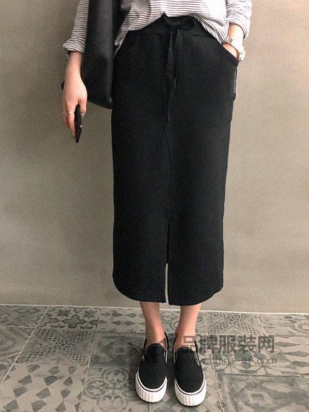 JOAMOM女装黑色长款开叉半身裙