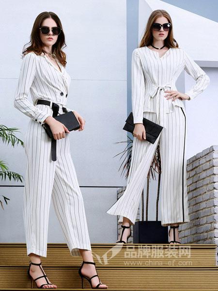 例格女装2018春夏白色高棉免烫七分袖上衣简约百搭